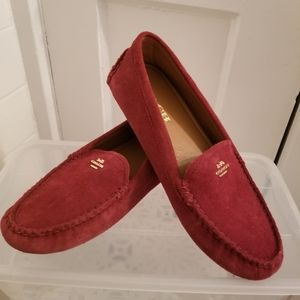 Coach Cranberry Suede Loafer W7.5